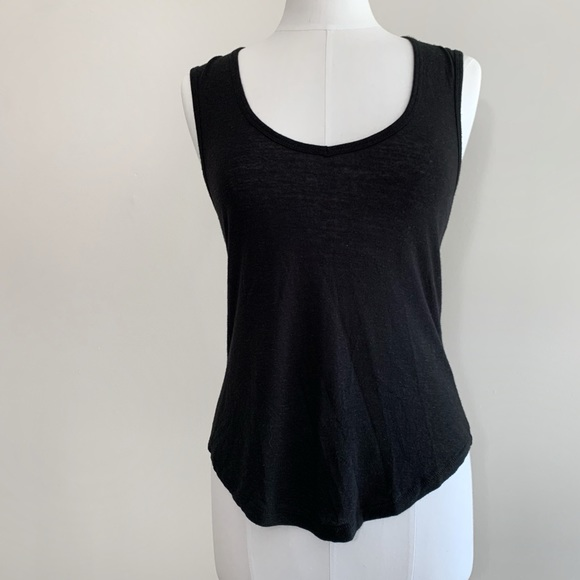 ARITZIA Wilfred • Black Tank Top